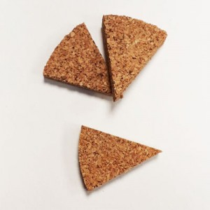 Triangoli sughero 3x3,5cm spessore 8mm conf. 13 pz